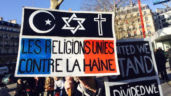 pancarte-les-religions-contre-la-haine_0